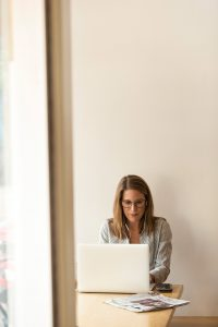 adult businesswoman connection 1251828
